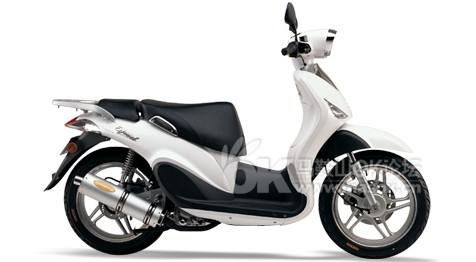 2010年5月上牌的春风水冷150踏板摩托车,4000块甩 图 二手车市场图片